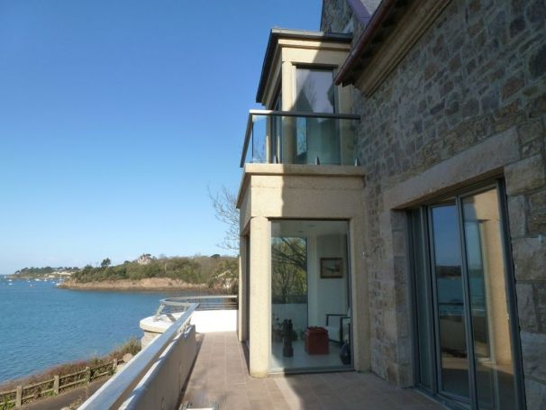 Maison saint servan avie home for Constructeur de maison individuelle saint malo