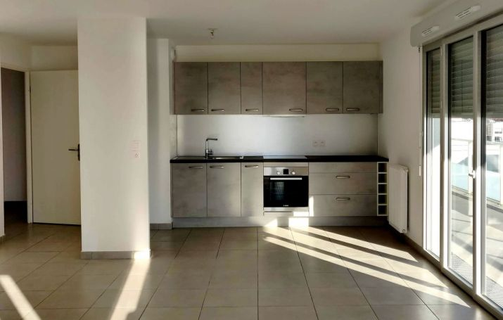APPARTEMENT DE PRESTIGE T4 82 M2  BORDEAUX