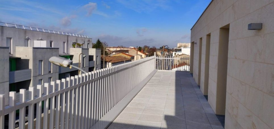 APPARTEMENT T4 75 M2 TERRASSE  MONTPELLIER