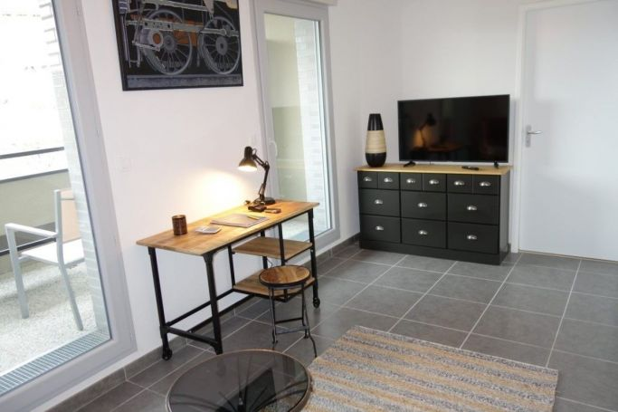 STUDIO  35 M2  BORDEAUX