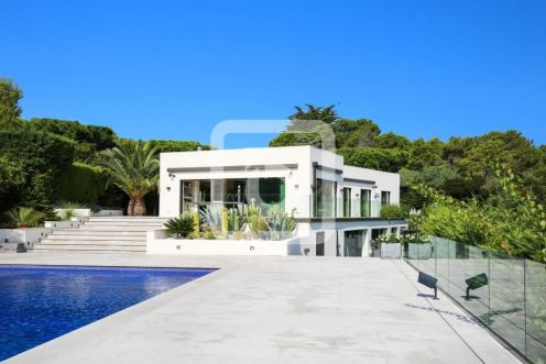 PROPRIETE d'exception 400 M² VUE MER Cannes