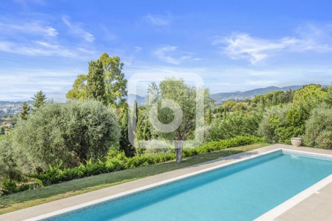 APPARTEMENT  610 M2 TERRASSE VUE MER MOUGINS