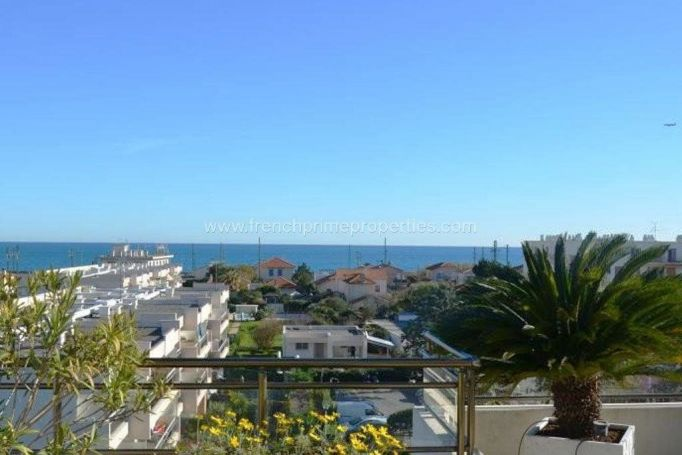 A vendre appartement T4 88 M² vue mer panoramique ANTIBES