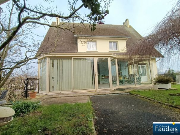 MAISON  7 PIECES 170 M2  HYENVILLE