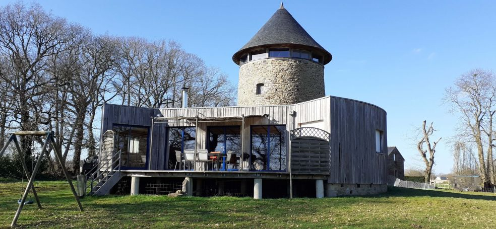 vente MOULIN DU XIVème SIECLE ET SON EXTENSION D'ARCHITECTE